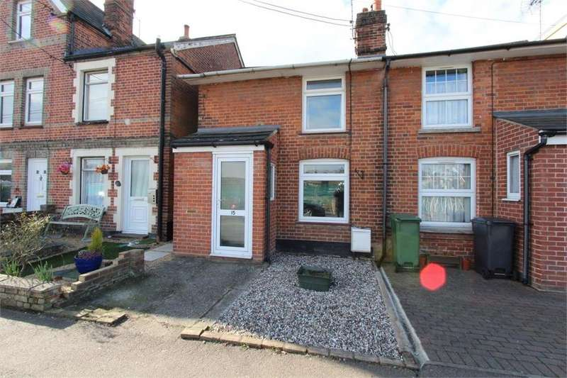 2 Bedrooms Semi Detached House for sale in Kings Road, Halstead, Essex