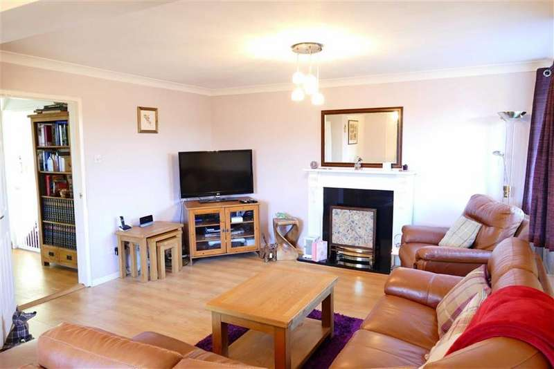 4 Bedrooms Semi Detached House for sale in Highfield, Bromham
