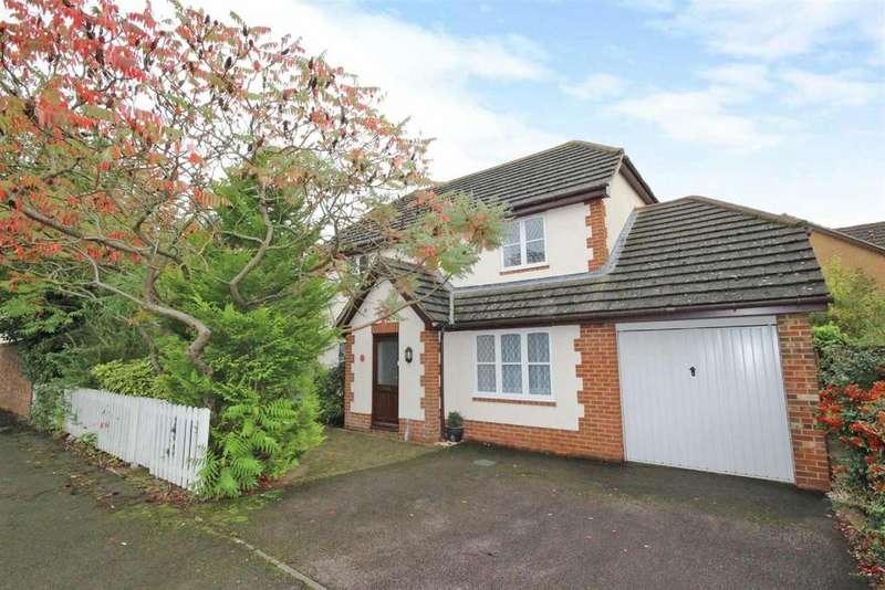 4 Bedrooms Detached House for sale in Great Portway, Great Denham