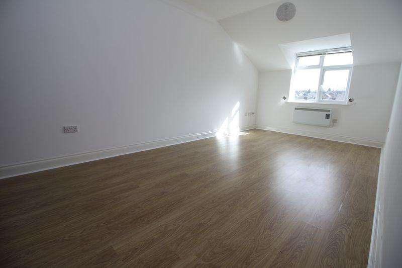 2 Bedrooms Apartment Flat for rent in The Avenue, Middlesbrough