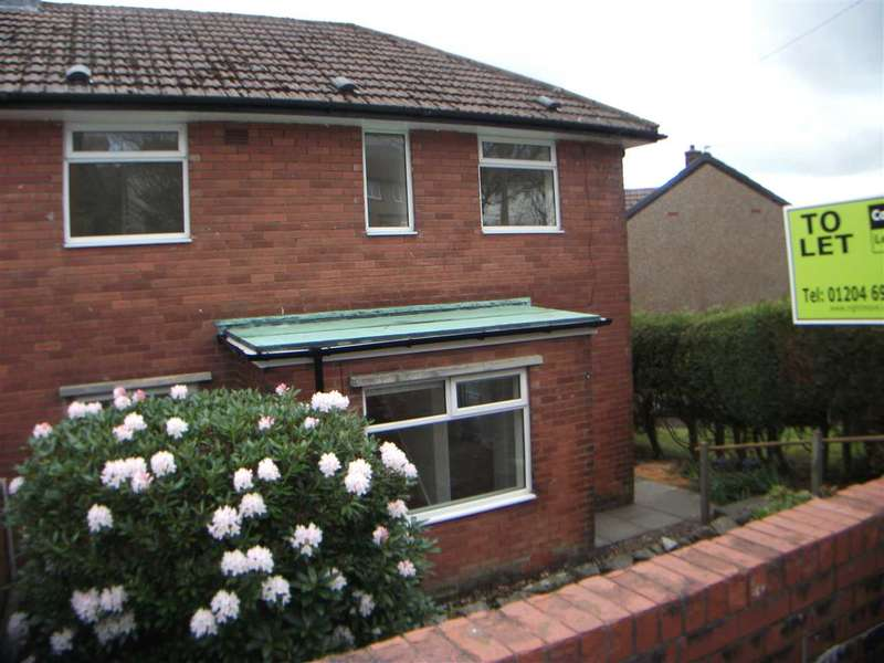 3 Bedrooms Semi Detached House for rent in douglas avenue, Horwich