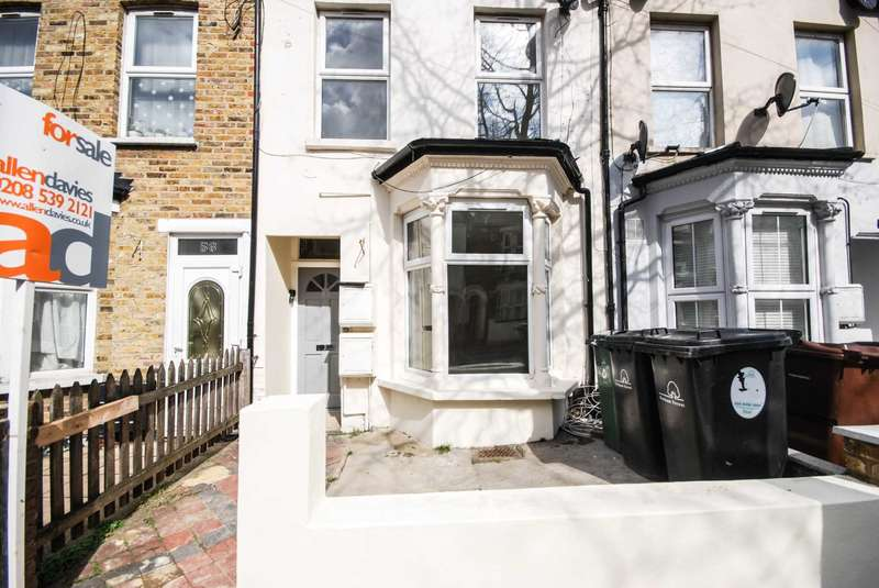 2 Bedrooms Flat for sale in Lindley Road, Leyton