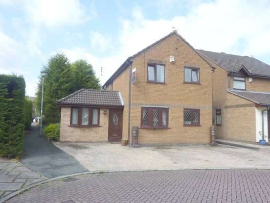 4 Bedrooms Detached House for sale in Shayfield Avenue, Firwood Park, Chadderton, Oldham, OL9