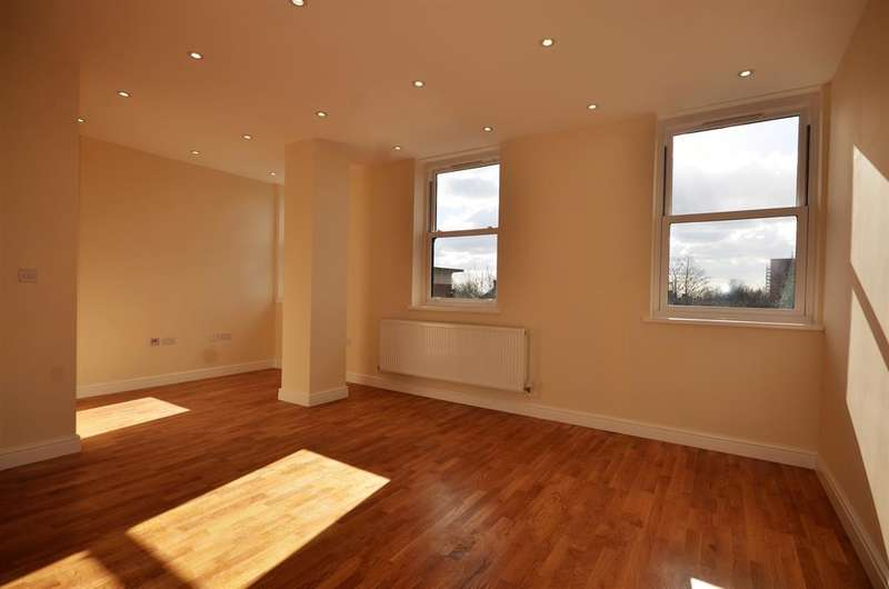 2 Bedrooms Apartment Flat for sale in 2, Cavendish Avenue , Harrow, Mddlesex, HA1 3RW