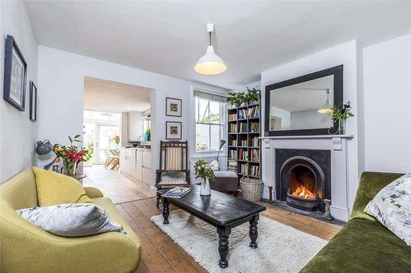 3 Bedrooms House for sale in Victoria Road, Chichester, West Sussex, PO19