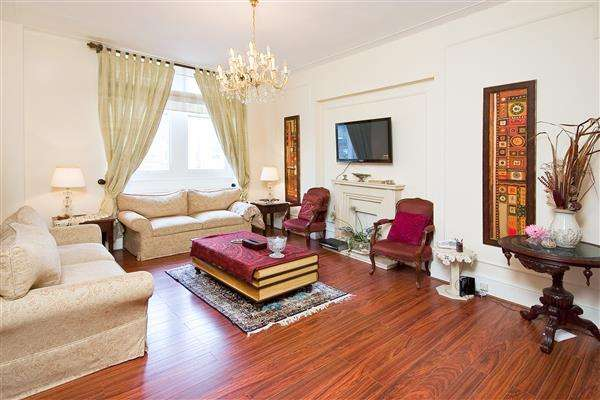 3 Bedrooms Flat for sale in EMPIRE HOUSE, SOUTH KENSINGTON, SW7