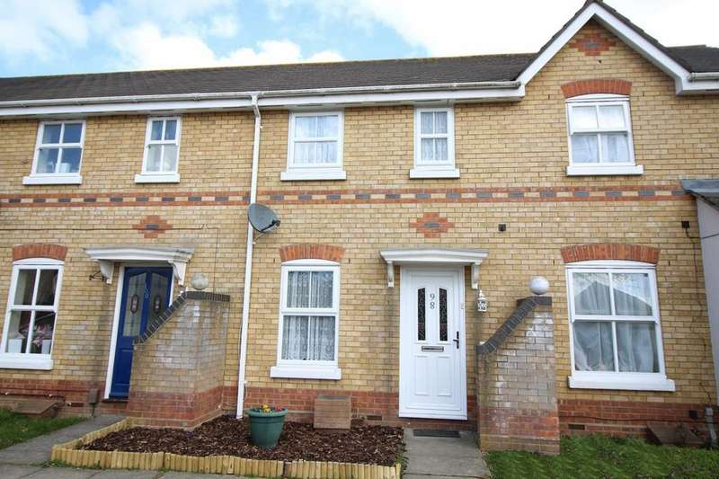2 Bedrooms Terraced House for sale in Derwent Road, Highwoods, Colchester, Essex, CO4