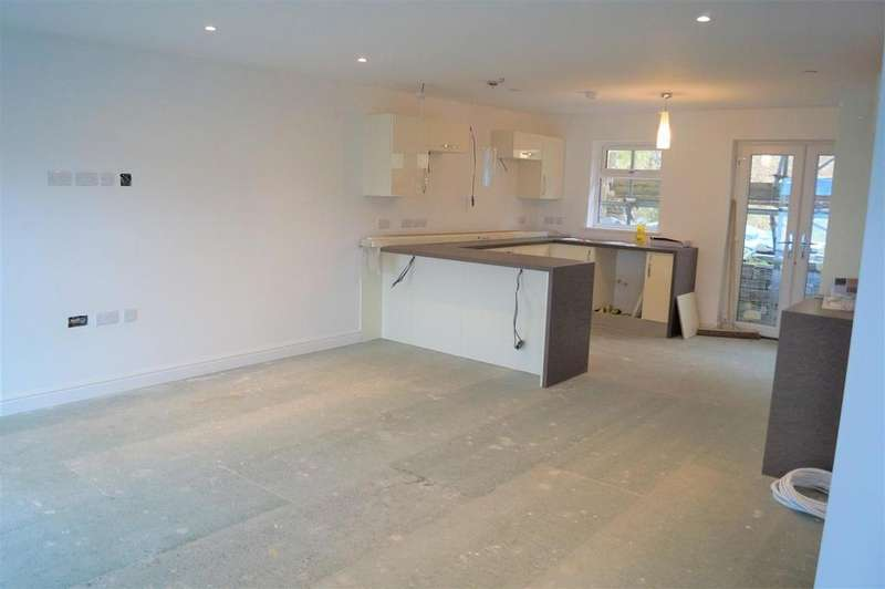 4 Bedrooms Detached House for sale in New Build, Lon Abererch, Pwllheli