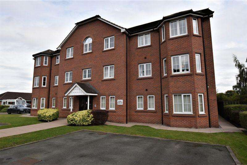 2 Bedrooms Apartment Flat for sale in Hornby Drive, Congleton
