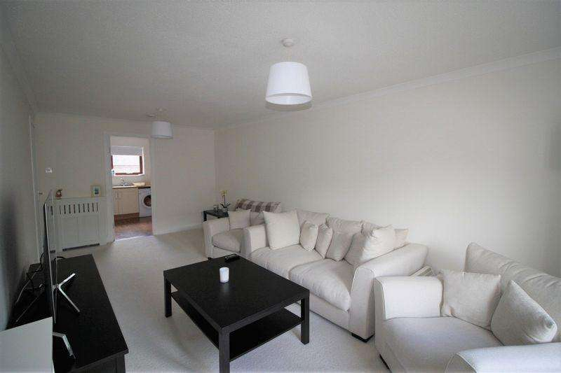 2 Bedrooms Apartment Flat for sale in 16 Arthur Bett Court, Tillicoultry