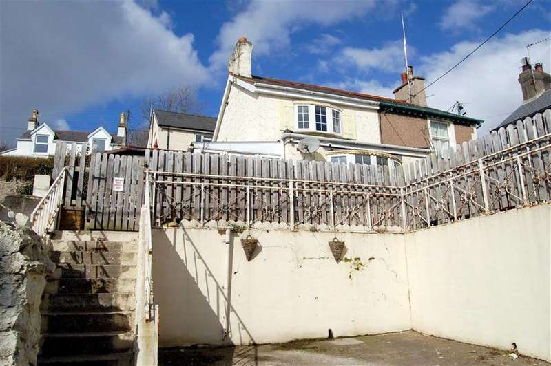 2 Bedrooms Semi Detached House for sale in Pendre Road, Penrhynside, Llandudno