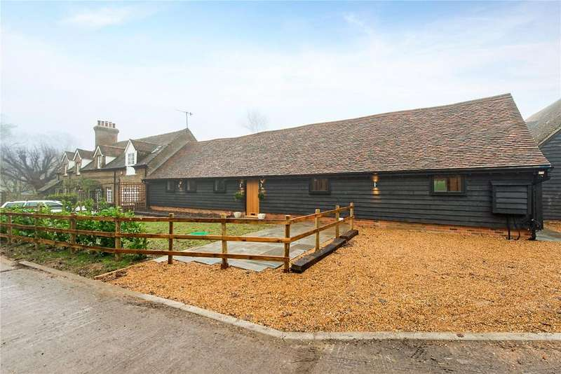 3 Bedrooms House for sale in Langley Lodge Lane, Kings Langley, Hertfordshire, WD4