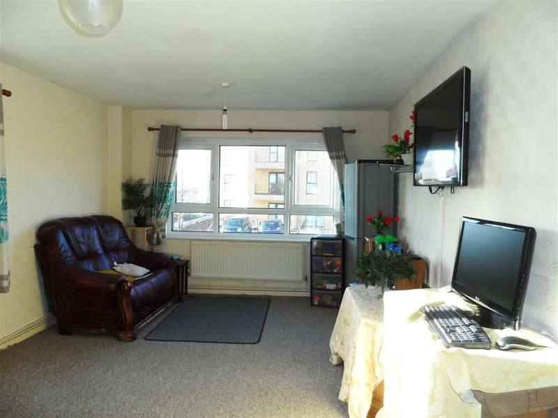 2 Bedrooms Apartment Flat for sale in Perceval Court, Newmarket Avenue, Northolt