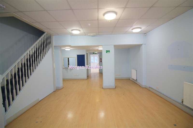 3 Bedrooms Commercial Property for sale in Upton Lane, Forest Gate, E7