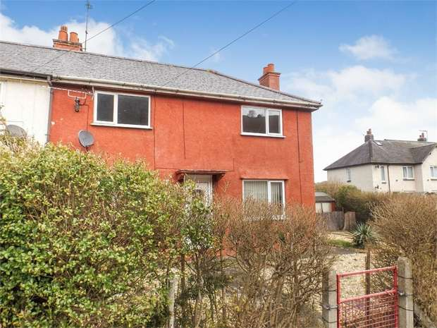 3 Bedrooms Semi Detached House for sale in Penmaen Crescent, Conwy