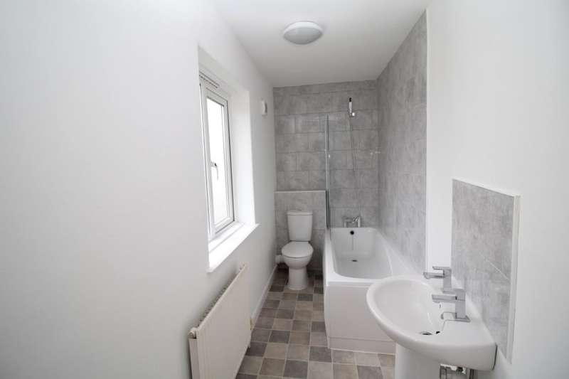 3 Bedrooms Property for sale in Bennett Square, Exeter, EX4