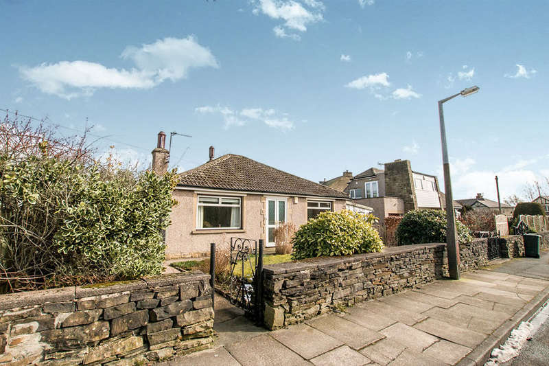 2 Bedrooms Detached Bungalow for sale in Victoria Road, Wibsey, Bradford, BD6
