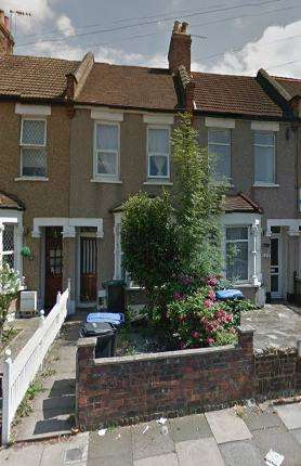3 Bedrooms Terraced House for sale in scotland green road, LONDON, LONDON, EN3 4rb