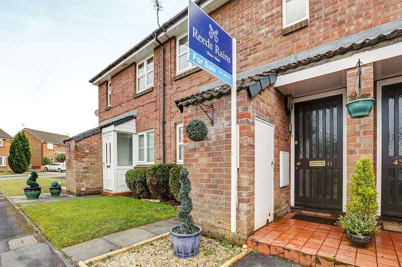 1 Bedroom Flat for sale in Brent Moor Road, Bramhall, Stockport, SK7
