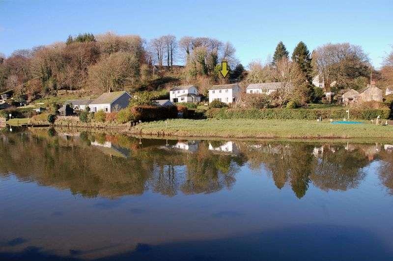 3 Bedrooms Property for sale in Lerryn, Lostwithiel