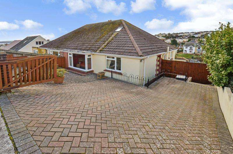 3 Bedrooms Bungalow for sale in Broadpark Road, Paignton