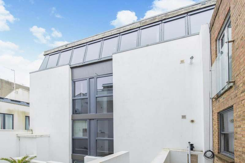 1 Bedroom Flat for sale in St. Georges Road, Kemp Town, Brighton