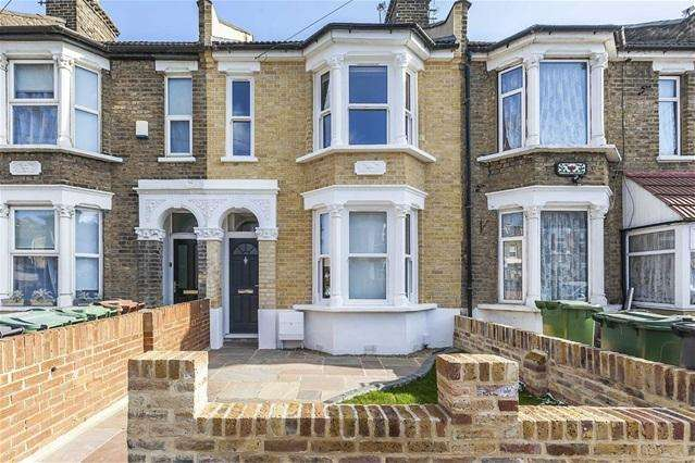 4 Bedrooms House for sale in Markhouse Avenue, Walthamstow