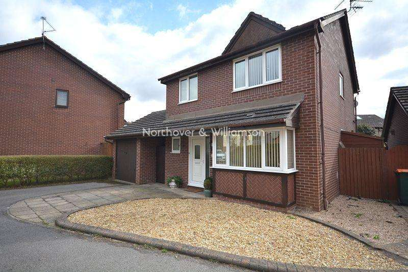 4 Bedrooms Detached House for sale in Mallards Reach, Marshfield, Cardiff, Cardiff. CF3
