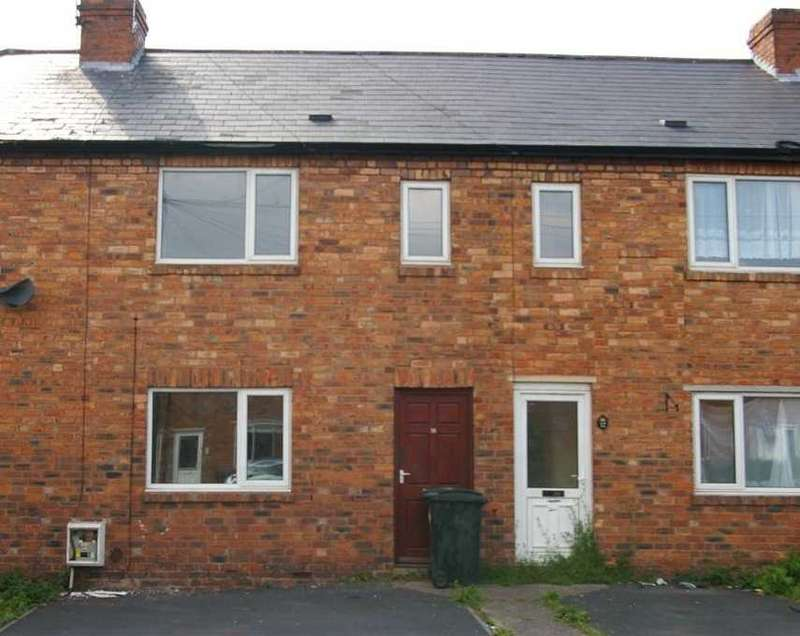 3 Bedrooms Terraced House for rent in Barnet Road, Wolverhampton