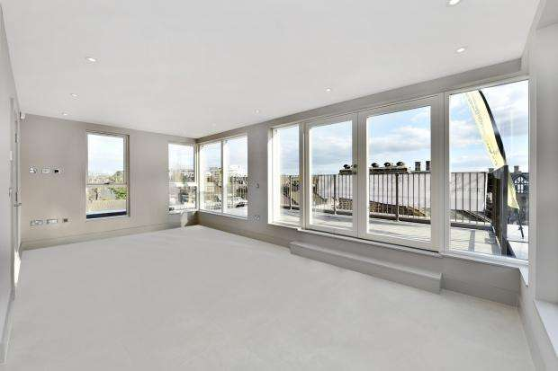 2 Bedrooms Apartment Flat for sale in Catford Gardens 29 Doggett Road, Catford, SE6