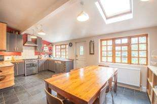 4 Bedrooms Semi Detached House for sale in St Augustines Road, Canterbury, Kent, Uk