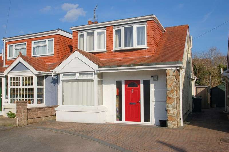 3 Bedrooms Bungalow for sale in Newport Road, Gosport