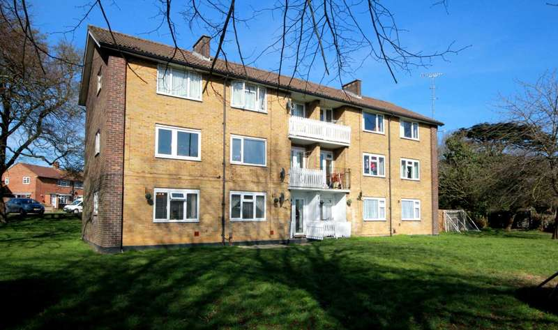 2 Bedrooms Apartment Flat for sale in 2 BED APARTMENT IN EXCELLENT ADEYFIELD LOCATION
