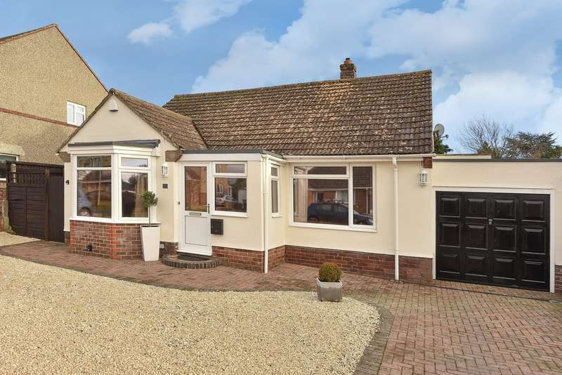 3 Bedrooms Detached Bungalow for sale in Shrivenham, Oxfordshire