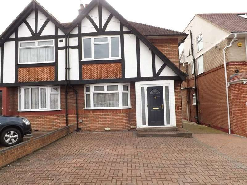 3 Bedrooms Semi Detached House for sale in Kenilworth Road