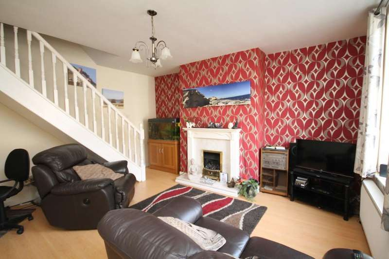2 Bedrooms Terraced House for sale in Featherstall Road, Littleborough