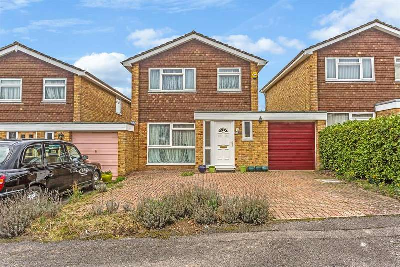 3 Bedrooms Detached House for sale in Poplar Drive, Banstead