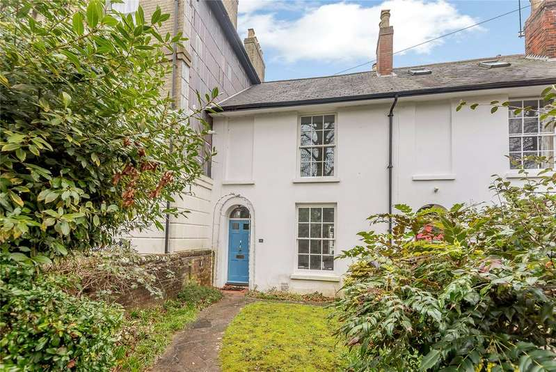 3 Bedrooms Terraced House for sale in West End Terrace, Winchester, Hampshire