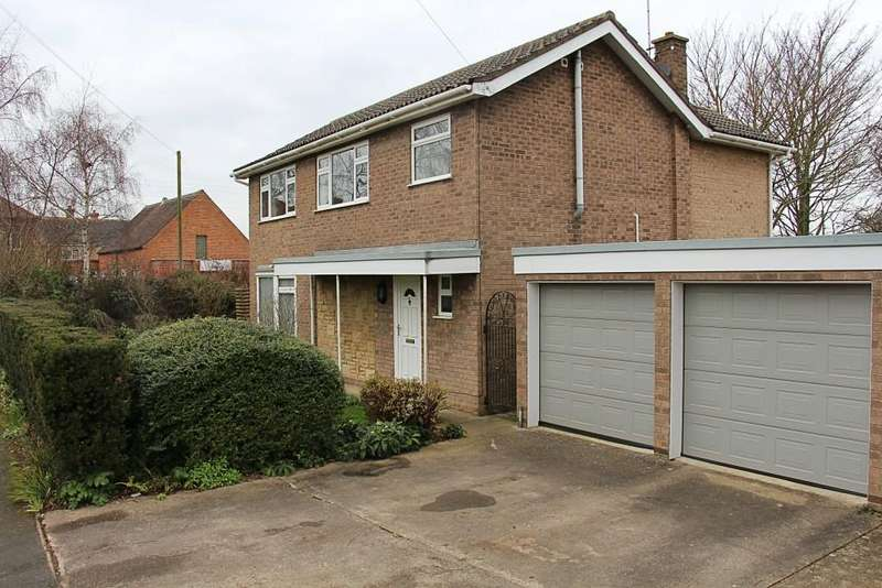 3 Bedrooms Detached House for sale in Ambury Gardens, Crowland, Peterborough