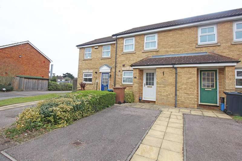 2 Bedrooms Terraced House for sale in Mayles Close, Stevenage, SG1 2GE