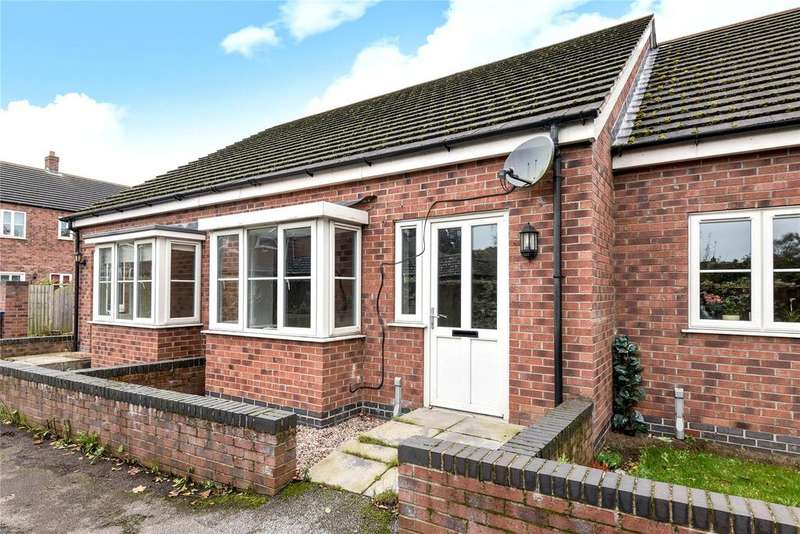 2 Bedrooms Terraced Bungalow for sale in Paddock Mews, Market Rasen, LN8