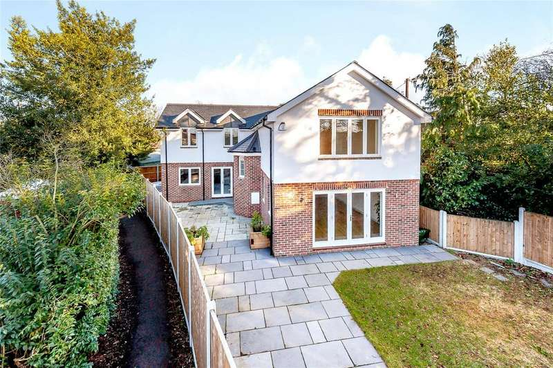 4 Bedrooms Detached House for sale in New Road, Great Baddow, Chelmsford, CM2