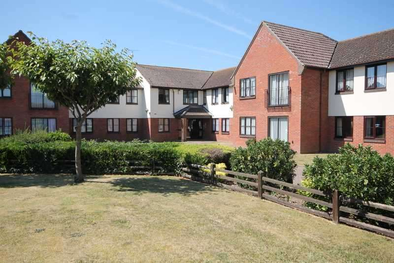 1 Bedroom Apartment Flat for sale in Priory Park, Botanical Way, St Osyth