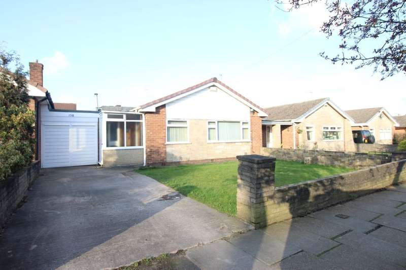 3 Bedrooms Detached Bungalow for rent in St. Annes Road, Denton, Manchester, M34