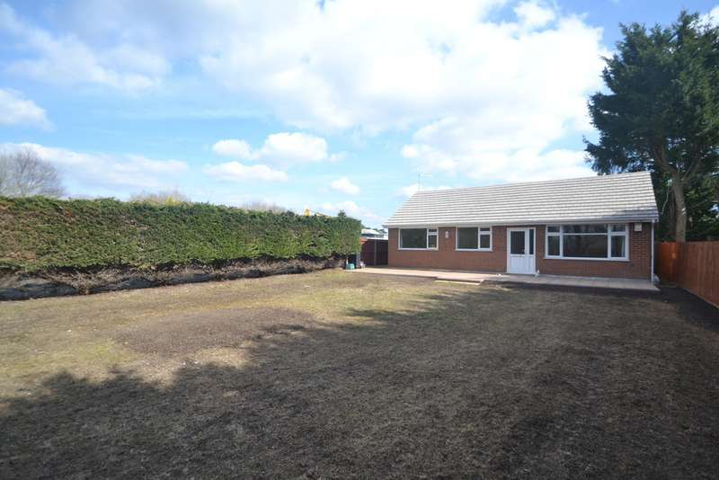 3 Bedrooms Property for rent in West Parley, Dorset BH22