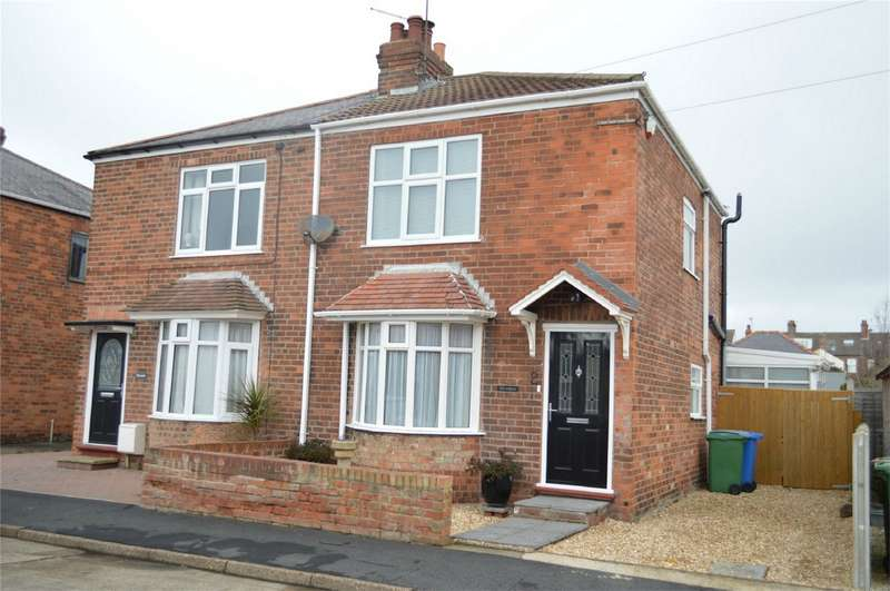 2 Bedrooms Semi Detached House for sale in 2 Belgrave Drive, HORNSEA, East Riding of Yorkshire