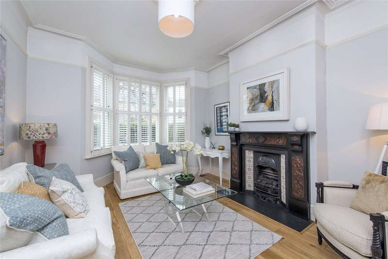4 Bedrooms Terraced House for sale in Gladstone Road, Wimbledon, London, SW19