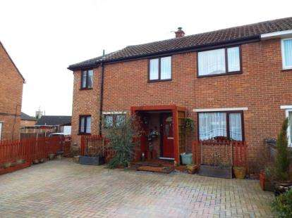 4 Bedrooms Semi Detached House for sale in Swaffham, Norfolk