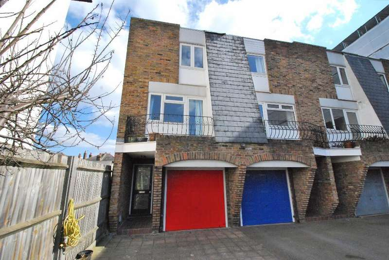 3 Bedrooms End Of Terrace House for sale in South Ealing Road, Ealing, London, W5 4QT