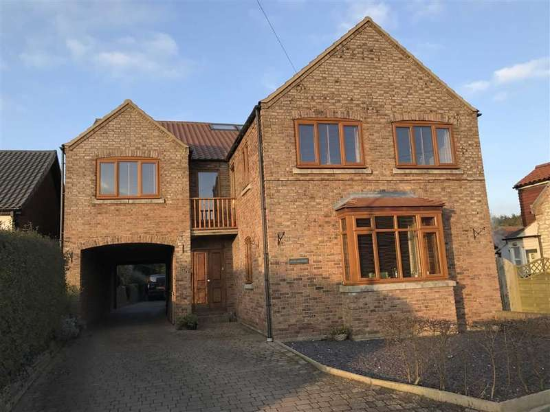4 Bedrooms Detached House for sale in Spring Lane, Bempton, East Yorkshire, YO15